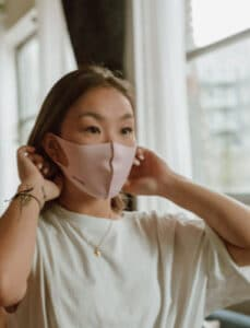 what is maskne and how to prevent mask acne with homemade remedies