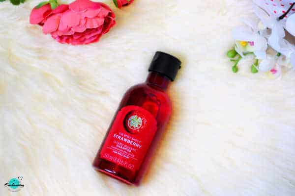 My winter beauty haul - The Body Shop Strawberry Clearly Glossing Shampoo