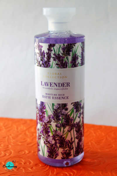 Marks and Spencer lavender moisture rich bath essence review