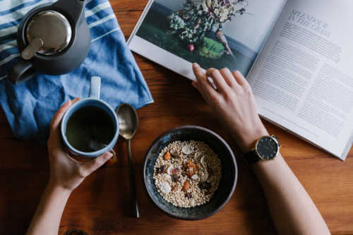 Be an early riser - Top 3 health hacks for a revitalised life