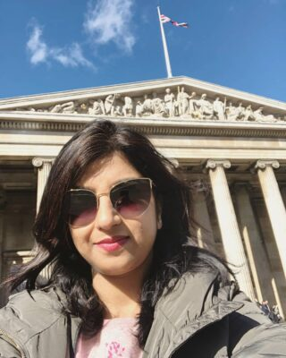 #selfiethrowback Could you guess where this #selfiepic was taken? #travelthrowback 💕💕 [Hint: A special place in #greatbritain for all history buffs 😉] Have a great week ahead, fellas 🌻🌻 #anamikachattopadhyaya  . . . . . . . . . . . . . . . . . . . . . . . .  #sunshinestateofmind #goodmood😊 #travelmood #travelinstyle #sunglassesfashion #sunnyday #sunglassesstyle #sunglasseslover #sunglassesaddict #luxuryfashionlove #everythingenchanting #anaeverythingenchanting #naturalbeautyandmakeup